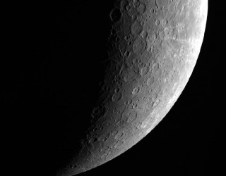 NASA Messenger Beams Earth Amazing Images of Mercury