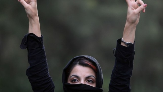 The Truth About Iran Protests That The Regime Wants to Hide