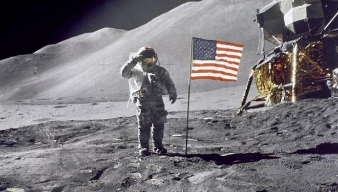Risultati immagini per moon, top secret