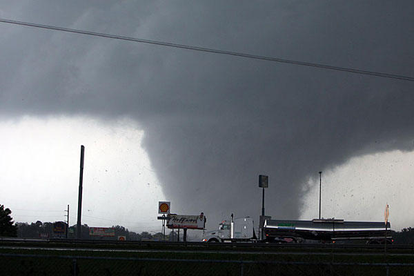 The tornado before it devastated springfield, killing two people