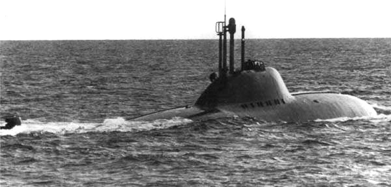 soviet alfa submarine