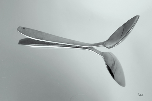bending spoons with mind