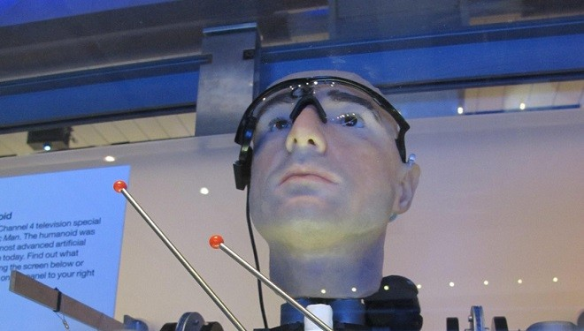Scientists Build Bionic Man Using Artificial Organs and Body Parts