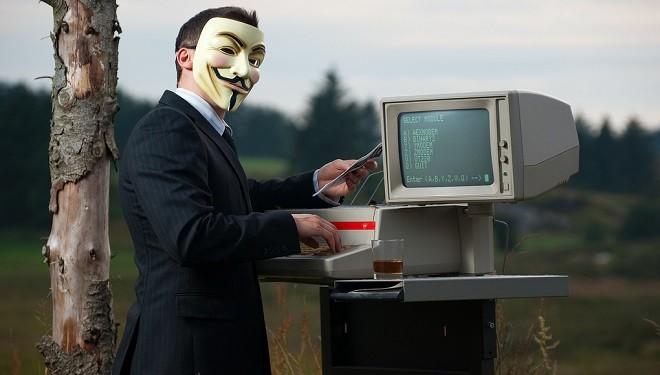 FBI Warns US Agencies of Anonymous Hacking