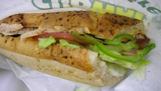 Blogger Fights to Make Subway Remove Chemical From Its Bread