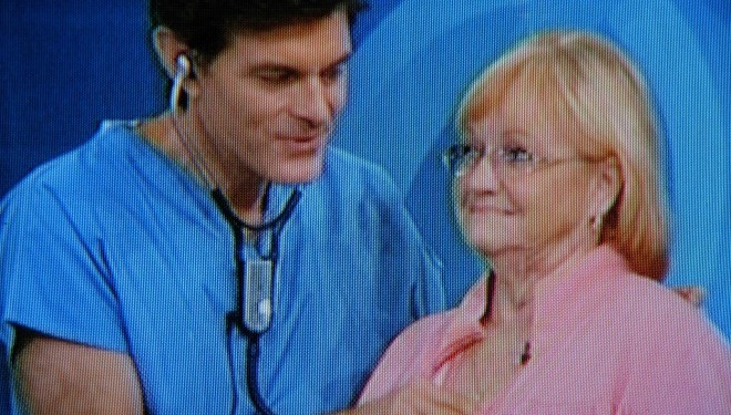 Dr Oz Scolded by Senate For Promoting Weight Loss Pills Without Evidence