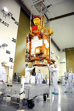 smap spacecraft at astrotech