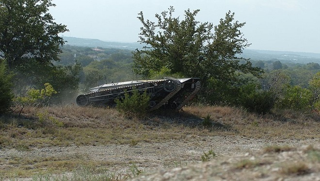 "US Army Tests Self-Driving ""Ripsaw"" Combat Vehicle"