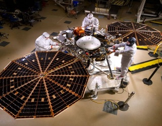 NASA Tests InSight: A Mars Lander That Will Explore Underground