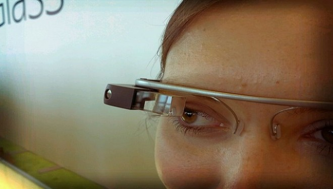 Would You Wear This Google Solar Powered Contact Lens?