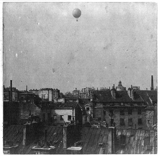 giffard airship over paris