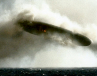 USS Trepang UFO Pictures Apparently Show Balloon Target Practice